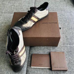 💯Authentic Louis Vuitton Leather Sneaker 6.5